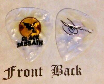 BLACK SABBATH - TONY IOMMI band Signature logo guitar pick - Style W