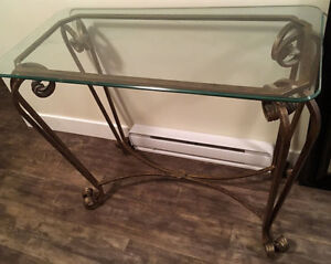IMMACULATE  Hallway Table and Large Side table/ Coffee Table