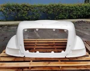 International Transtar Fiberglass Hood 8500/8600