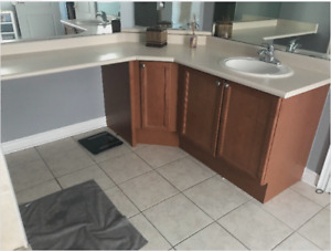 Washroom Cabinet with countertop, sink and faucet
