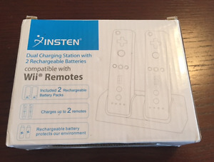 INSTEN Dual Charging Station with 2 Rechargeable Batteries Wii