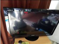 """32"""" TOSHIBA LCD TV BUILTIN FREEVIEW HDMI & PORTS WITH REMOTE CAN DELIVER"""