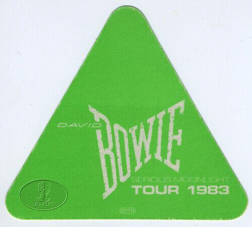 DAVID BOWIE 1983 Serious Moonlight Backstage Pass Green