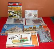 Tyco Model Train Buildings