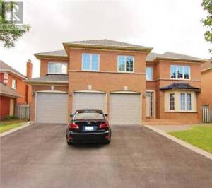 Executive 4bd/5bth Home For Rent in Richmond Hill