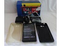 Nokia Lumia 820 - 8GB - Black (Unlocked) Smartphone boxed and unused accessories