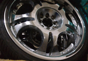 "4 18"" 4 bolts chrome rims with 3 Atlas tires UHP+ 215/35/zr18."