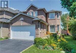 367 Flanagan Crt Newmarket Ontario Beautiful House for sale!