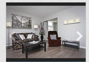 #Price Reduced Condo Downtown(Open House on July 31 at 1-3pm