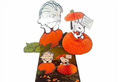 Linus Great Pumpkin Halloween Decoration Hallmark vtg RARE Snoopy centerpiece