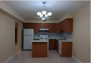 Room for rent near Square One, Mississauga - Available