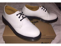White doctor martens size 6