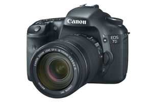 Canon EOS 7D with Kit Lens and compact flash cards