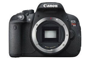 Canon T5i DSLR body with extra battery