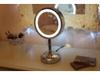 No7 Illuminated Mirror