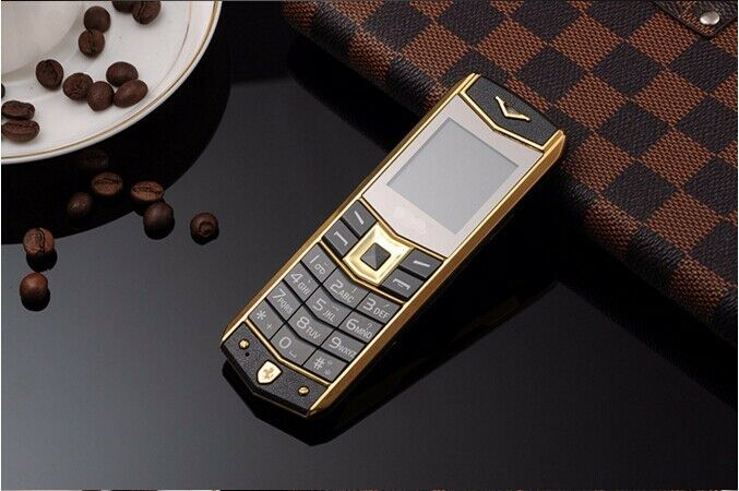 $36.59 - Black Luxury A8 Mobile Phone Dual SIM 1.5 Inch Mini Metal Body Bluetooth Phone