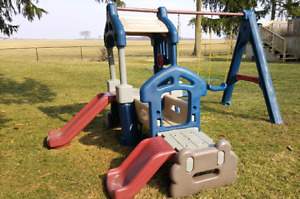 Little Tikes Swing set with slides - swingset, tykes