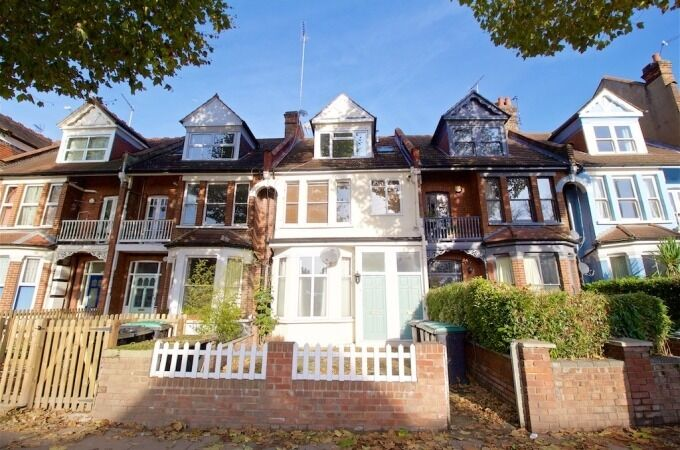 2 BEDROOM FLAT TO RENT IN HORNSEY CROUCH END N8