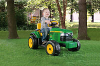 PEG PEREGO JOHN DEERE TURF TRACTOR - YOUR KIDS WILL LOVE THEM !!