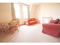 Spacious & Bright Two Bedroom Flat in Crouch End N8