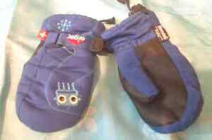 Thinsulate Children's Size Small Mittens