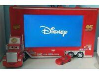 Disney Cars MackvTruck Tv DVD Combi