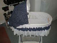 Berceau pour nouveau née/Basinette for newborn