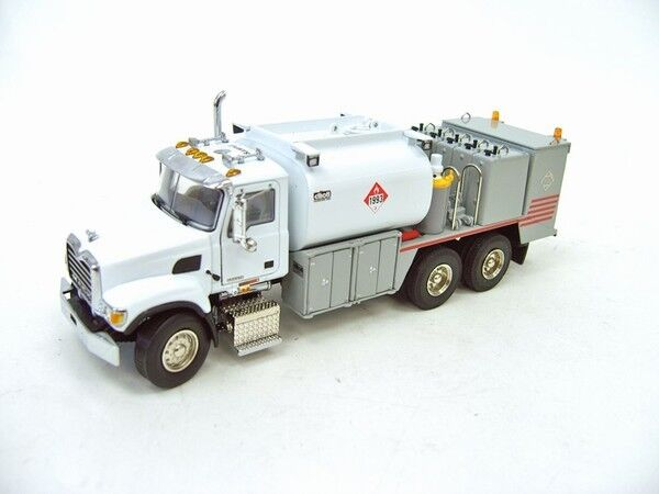 Mack Granite Fuel+lube Truck - white - 1/50 - Sword Sw2100ww