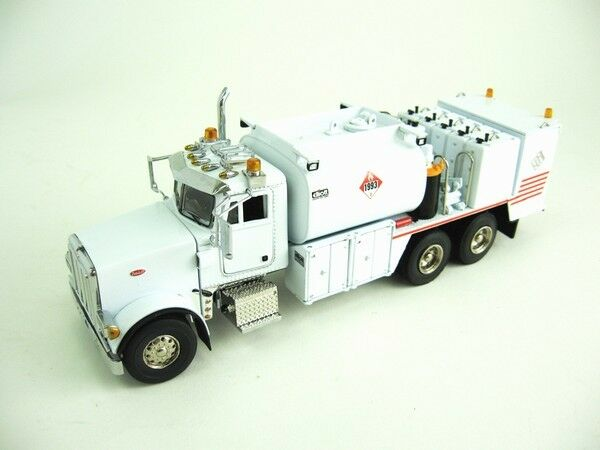 Peterbilt 357 Fuel+lube Truck - white - 1/50 - Sword Sw2041w