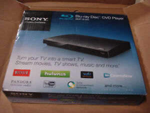 Sony Blu-ray Disc Player Full HD 1080p USB Streaming BDP-S185 Netflix Hulu