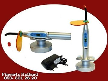 Tandarts Curing Light 1500 mW  Uithardingslamp --- € 99,- !