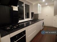 3 bedroom flat in Aberdeen, Aberdeen, AB10 (3 bed)