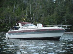 2660 Vee Sport Cabin Cruiser