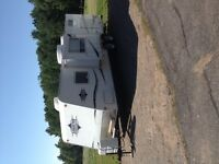 26 ft Areolite trailer with bunks