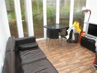 5 BEDROOM HOUSE TO RENT, LYNCHET CLOSE, AVAILABLE 13 SEPTEMBER