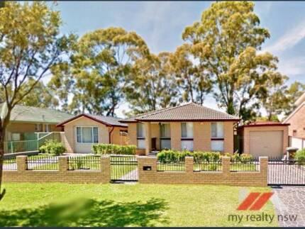 """Great Location Granny Flat in Macquarie Fields!"""