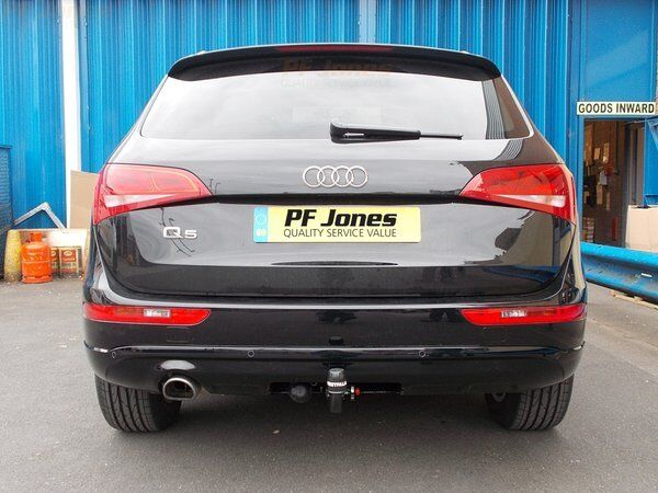 Westfalia detachable tow bar fitted to Audi Q5.