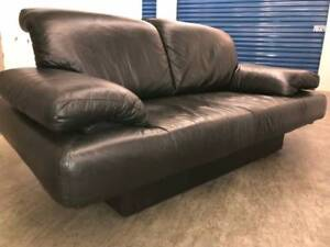 Black Leather LOVE SEAT -  Delivery
