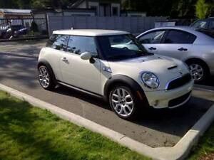 2007 MINI Mini Cooper S Coupe (2 door)