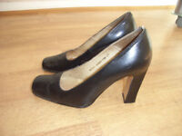 Black high-heeled leather court shoes from Faith - size 37 (UK size 4).