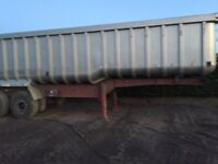 wilcox tipping trailer 2004