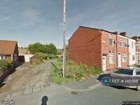 2 bedroom house in Piggott St, Bolton, BL4 (2 bed)