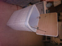 White Wicker Bedside Laundry Hamper with liner.. D369