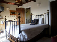 Mon-Fri - 1 bedroom in annex to Country House