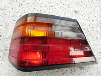 MERCEDES W124 REAR TAIL LIGHT LAMP ASSEMBLY LEFT 1987-1993