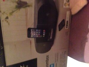 NEVER OPENED IPHONE 5/6 STEREO