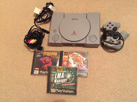 PlayStation 1 + 3 games - good condition - ps1