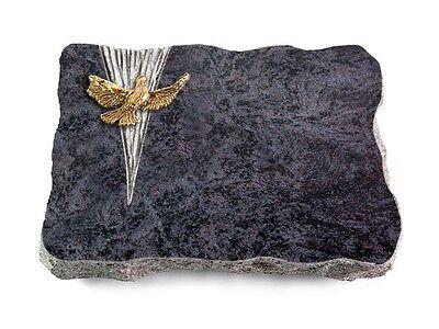 Grabplatte mit Taube, Grabstein, Granit: Orion, ca. 40x30x5 cm (Taube Platte)