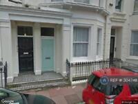 2 bedroom flat in Montague Street, Brighton, BN2 (2 bed)