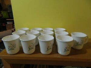 13 Corning Ware Cups all in excellent condition